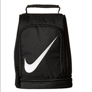 Nike Insulated Reflect Lunch Tote.